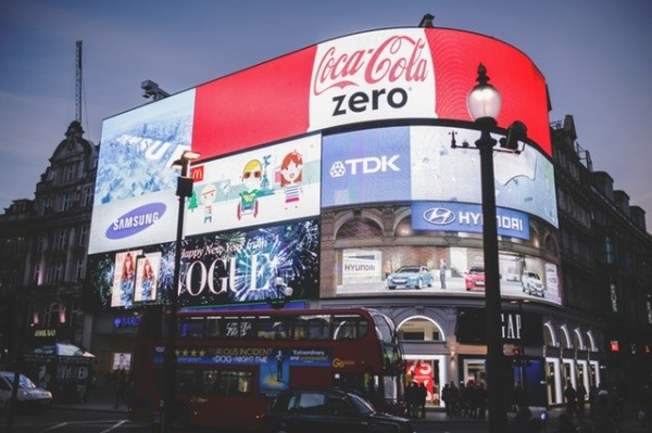 5 Ways to Save Money When Shopping in London